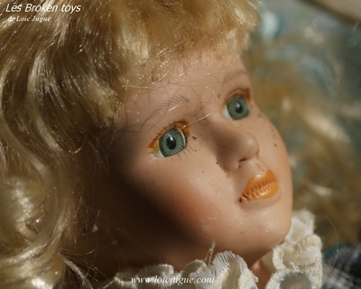 Les broken toys de Loïc Jugue: Blue eyes