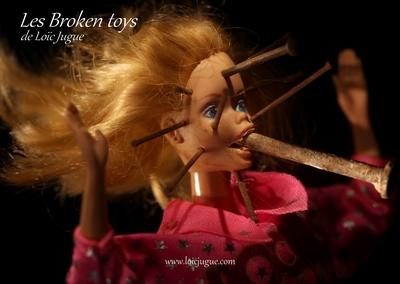 Les broken toys de Loïc Jugue: poupée fétiche