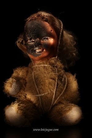 Les broken toys de Loïc Jugue: La poupée vaudoo